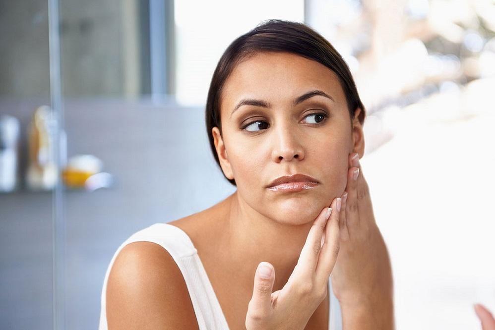 Les 6 principales causes de l'acné kystique