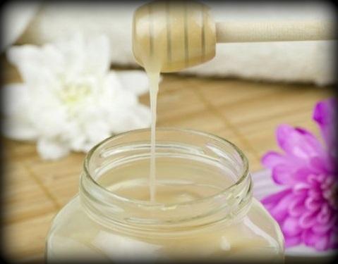 12. Masque à l'huile de noix de coco et au miel