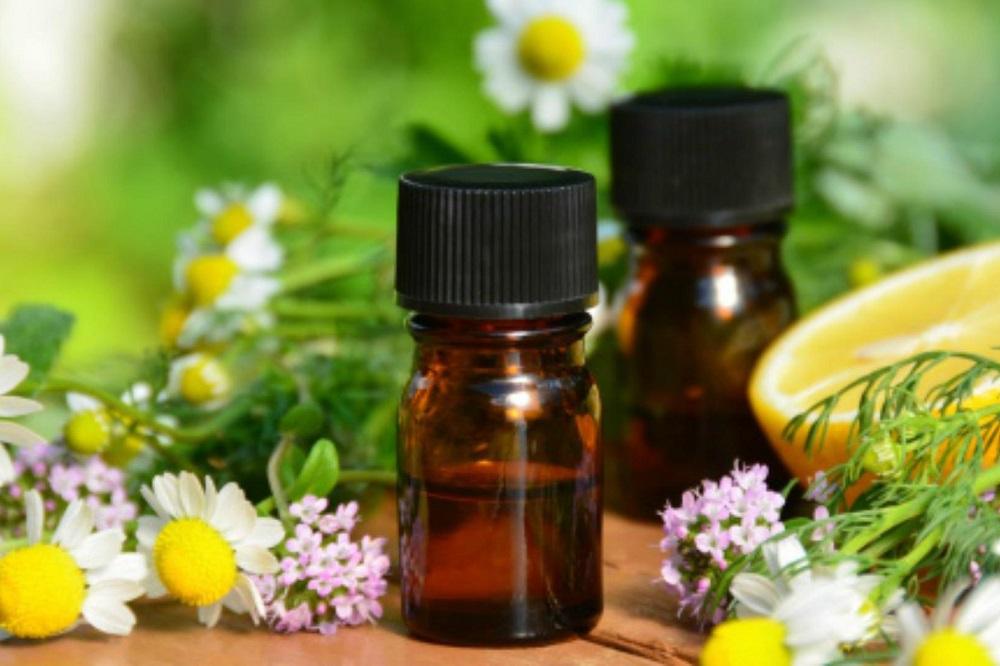 Les meilleures huiles essentielles pour les maux de gorge