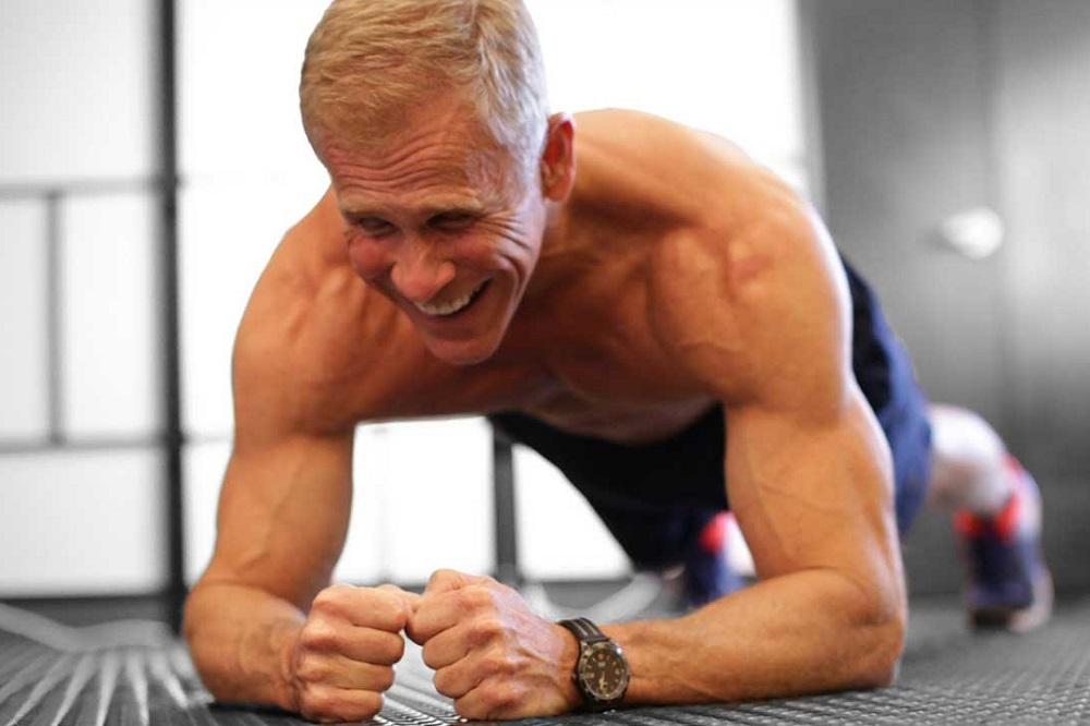 4 compléments alimentaires pour prendre du muscle après 50 ans