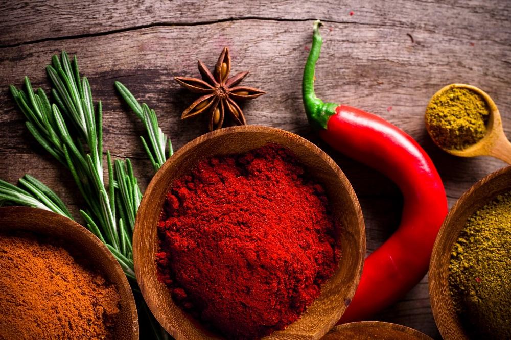 7 plantes et nutriments pour la maladie de Crohn