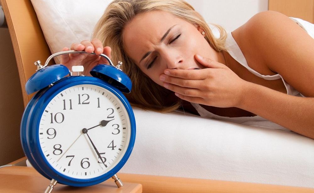 Le manque de sommeil cause-t-il l'acné ?