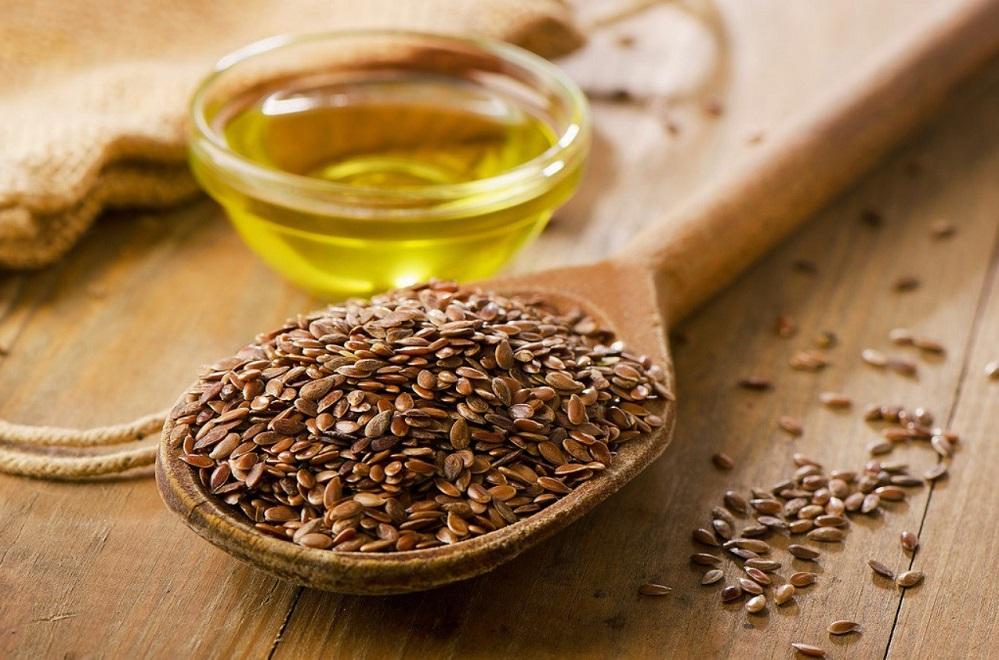 Les bienfaits de l'huile de lin : pour la digestion, la peau et le cœur