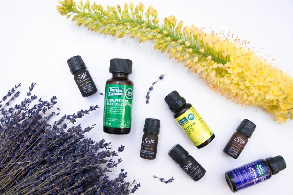 Les meilleures huiles essentielles pour l'acné