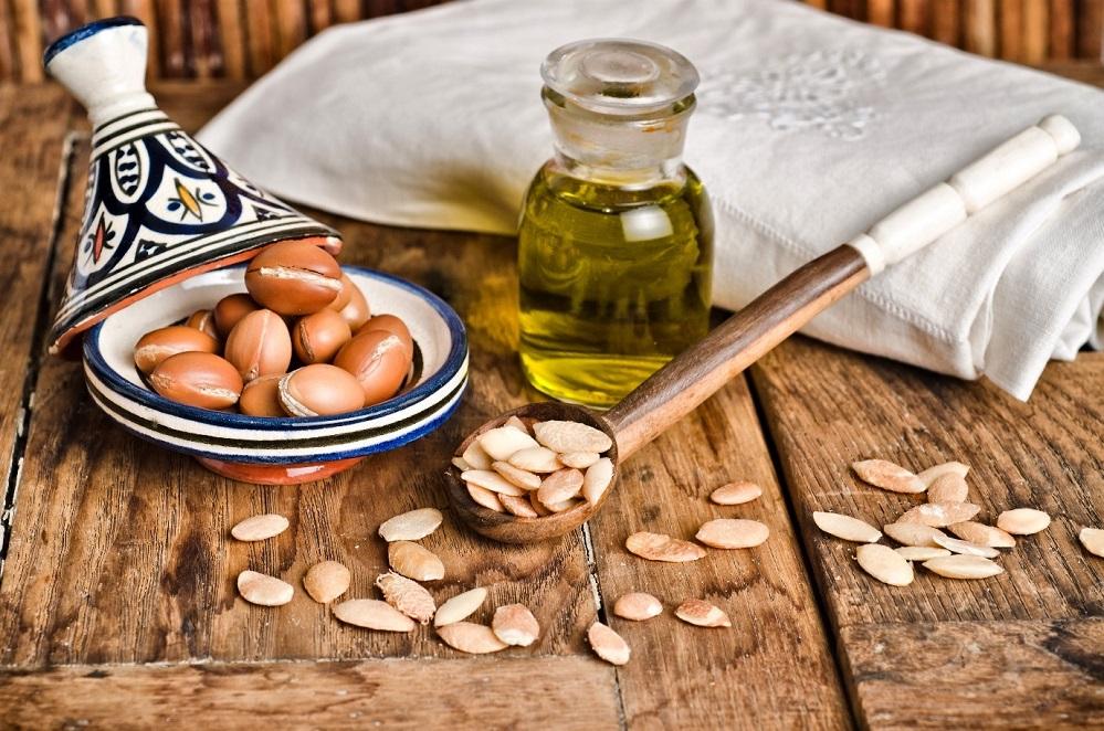 Utilisations possibles de l'huile d'argan : pour la peau, les cheveux et plus encore