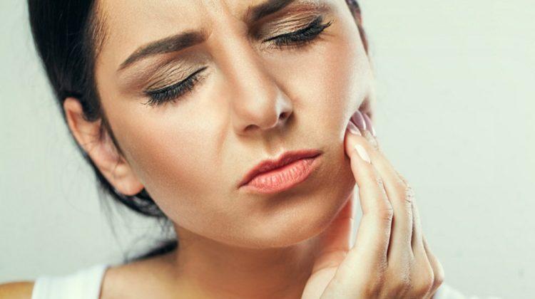 3 remèdes maison contre les maux de dents
