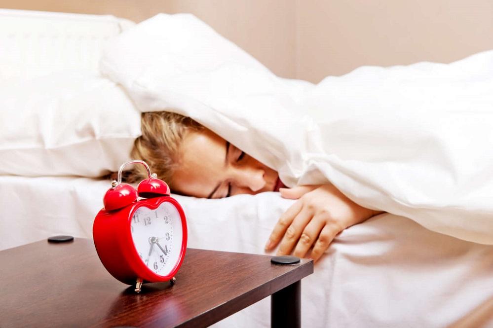Comment le sommeil peut affecter votre poids et vice versa