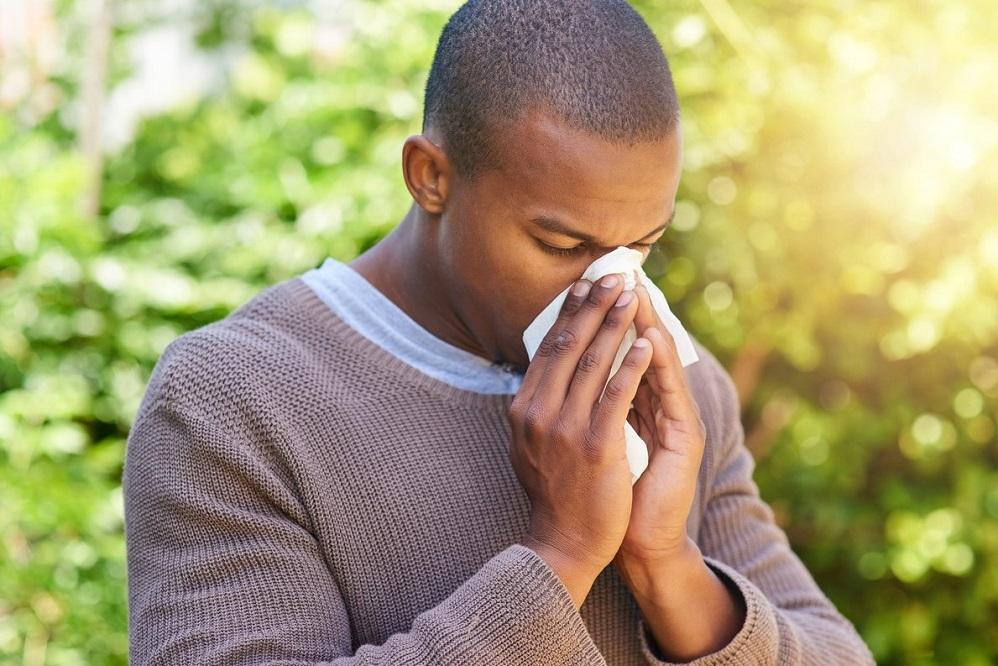 Remèdes naturels contre le rhume des foins