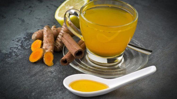 7 raisons pour lesquelles le thé au curcuma est bénéfique pour votre santé