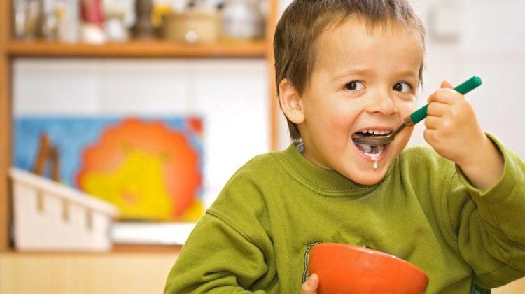 Vitamines pour les enfants : en ont-ils besoin (et lesquelles) ?