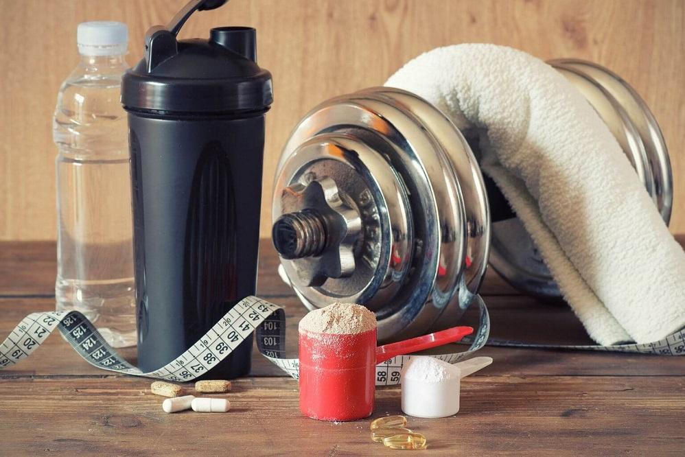 Bienfaits de la créatine monohydrate sur la santé (+ comment l'utiliser)