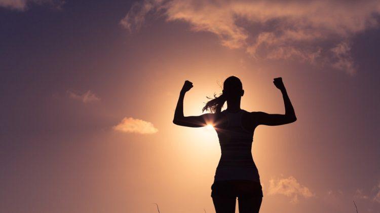 Cellulite sur les bras : comment vous en débarrasser ?