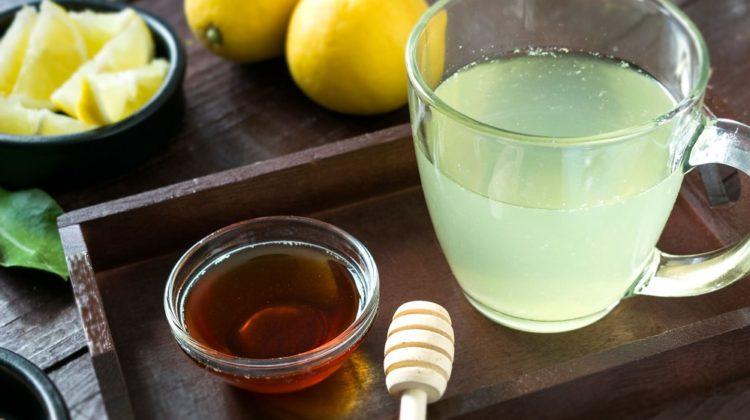 Le miel peut-il soulager les maux de gorge ?