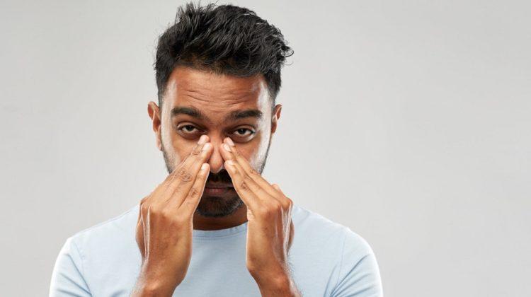 Une infection des sinus peut-elle causer un mal de dents ? (+ remèdes)