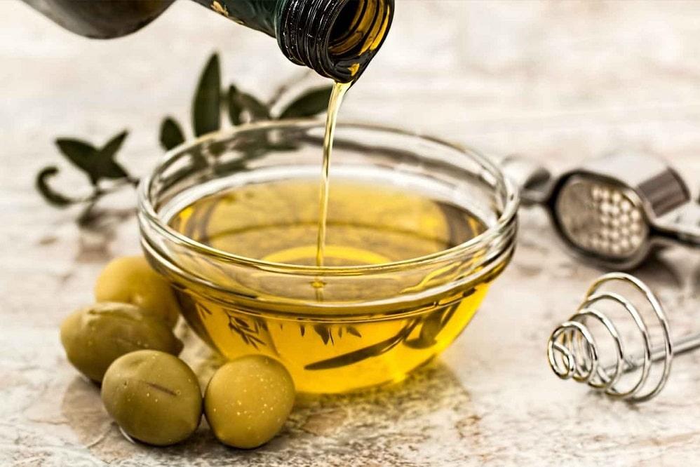 Boire de l'huile d'olive est-il bénéfique pour la santé ?